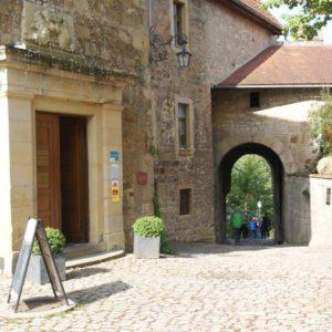 """Hotel und Restaurant """"Auf der Creuzburg"""""""