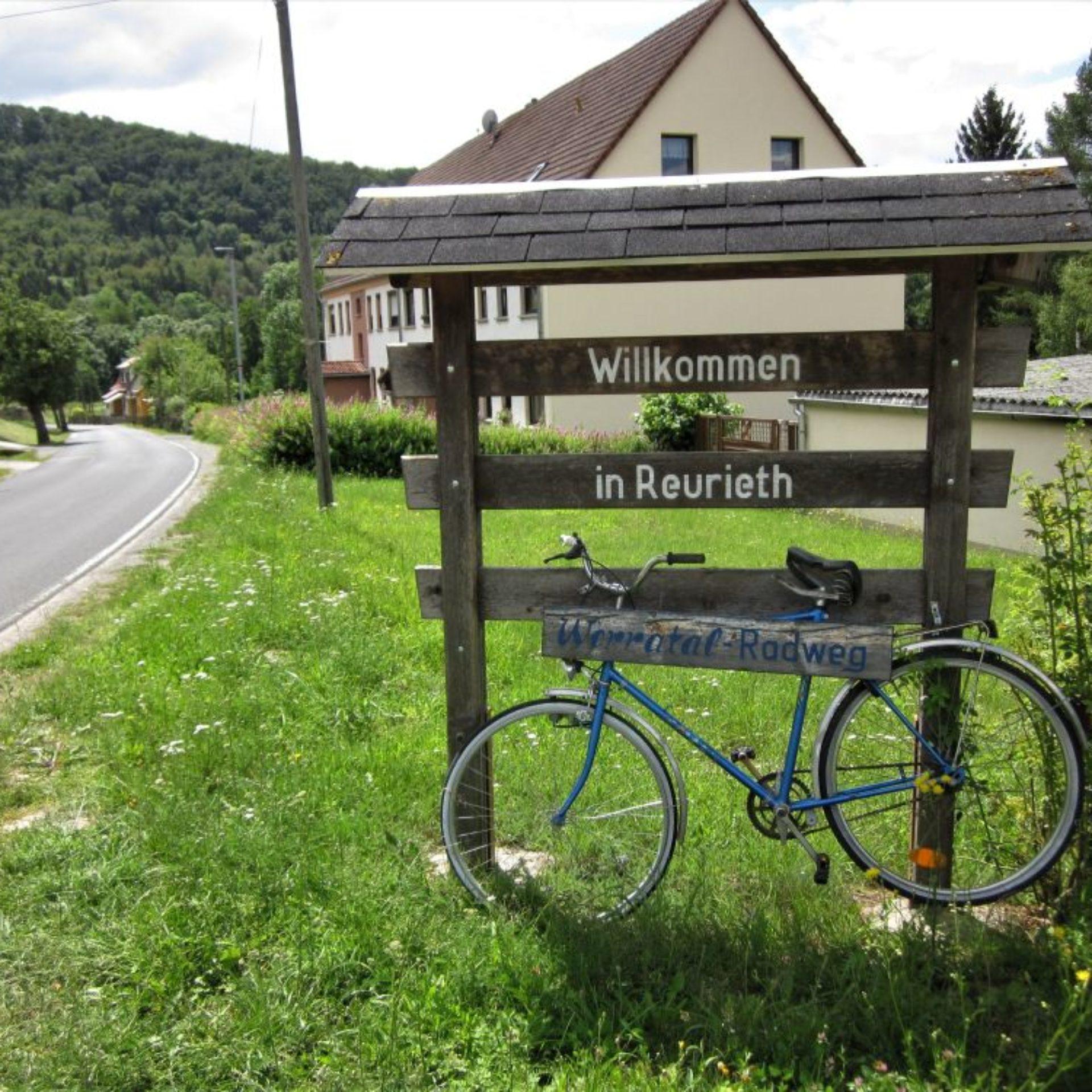 Willkommensschild Ortseingang Reurieth
