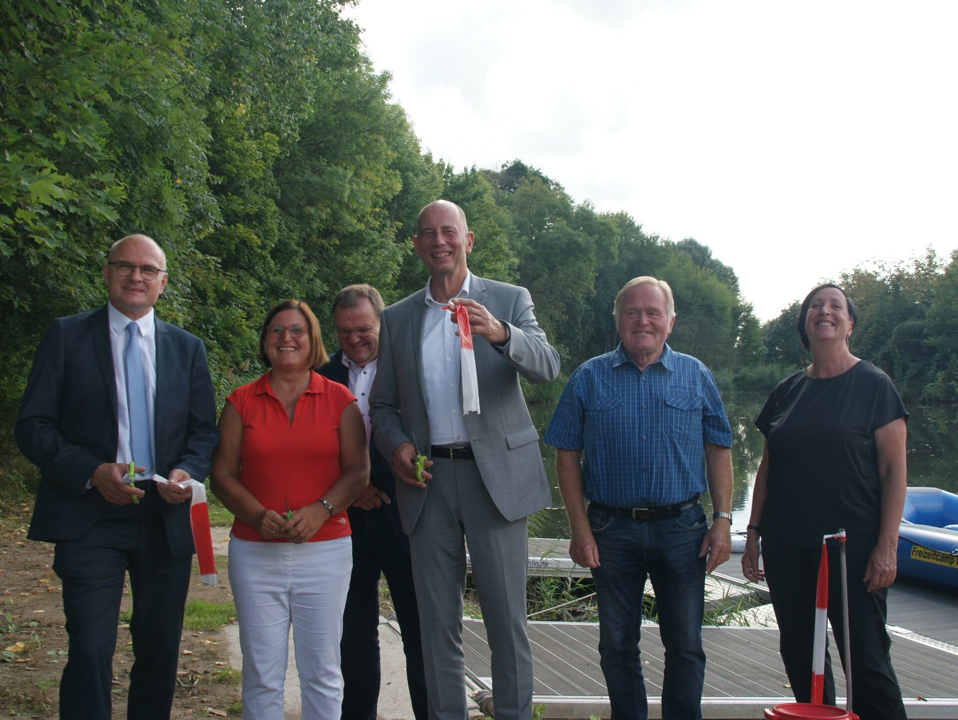 Eröffnung der neu gestalteten Wasserwander-Infrastruktur durch Thüringer Wirtschaftsminister Wolfgang Tiefensee